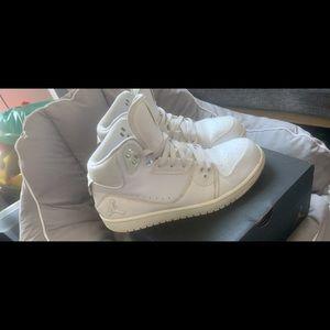 Jordan size 9 all white .